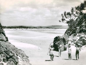On_the_beach_at_Byron_Bay_(2551884787)
