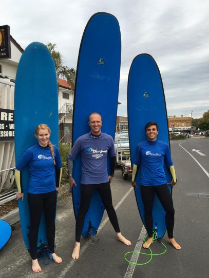 surfing one