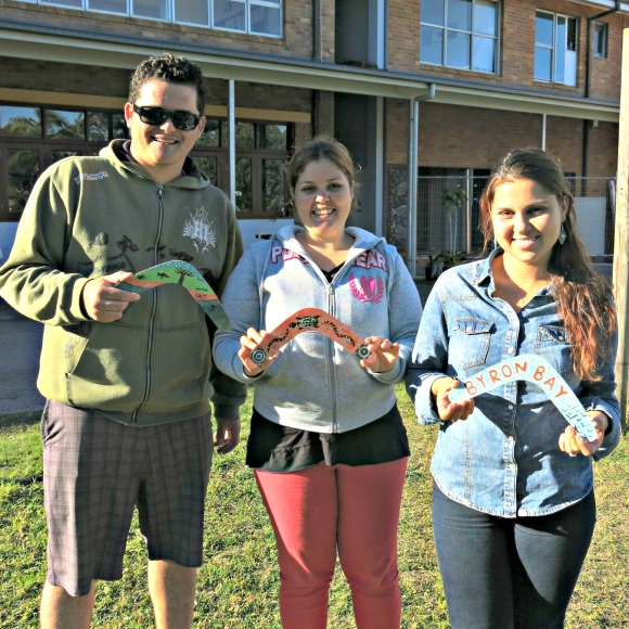 Richard, Vanessa and fellow Brazilian Paola with their finished Boomerangs