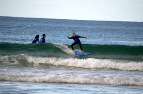 Let's Go Surfing 004